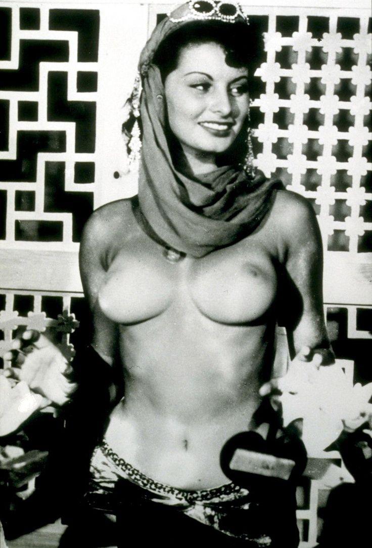 Sophia Lorens Erotic Photos - Nude Photos-2109