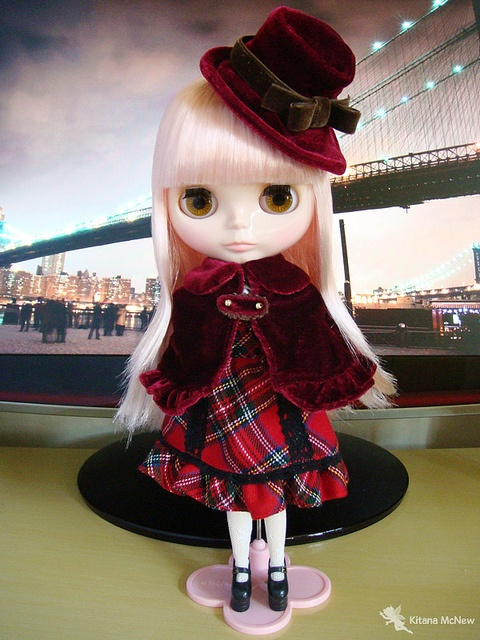Seja bem-vinda Krystelle by ♥ Kitana, via Flickr