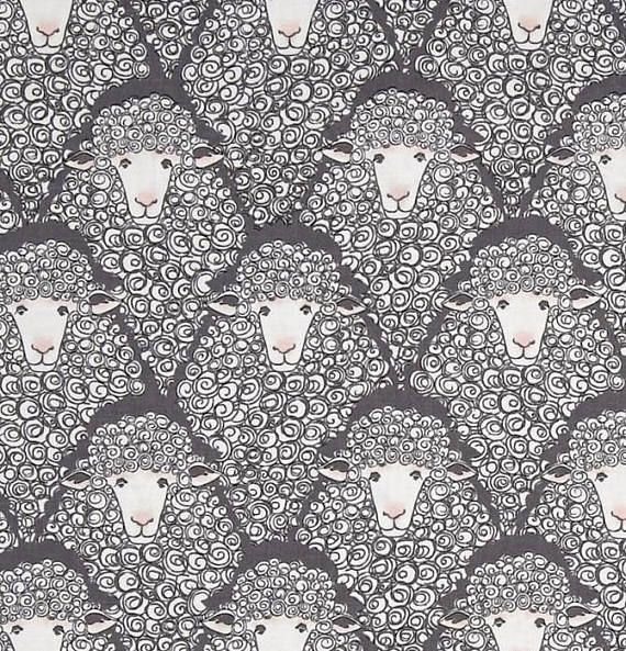 tissu patchwork enfant Michael Miller Eyes on Weve moutons