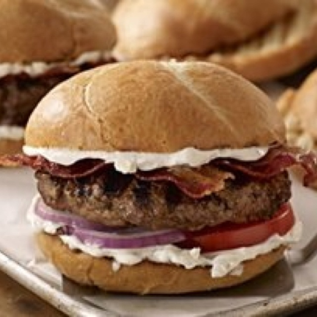 Bacon & cream blue cheese burger | Grilling | Pinterest