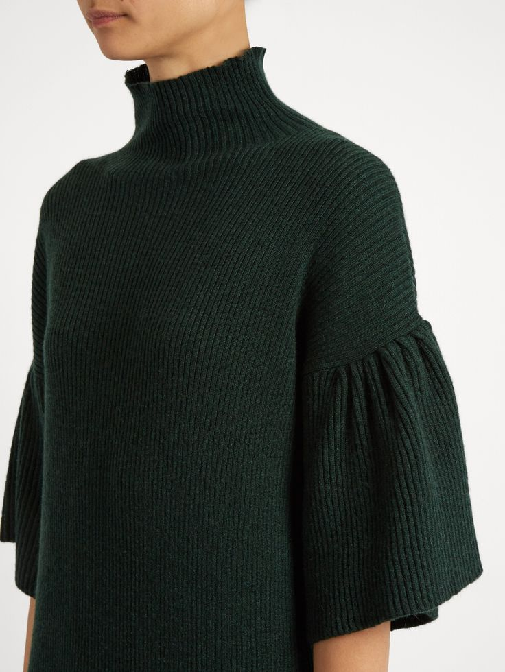 High-neck ribbed-knit cashmere dress | Ryan Roche | MATCHESFASHION.COM USРукава