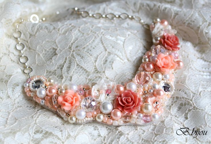 #Statement necklace #flower #peach flower #white #beige #beaded necklace