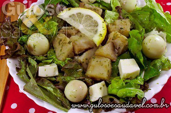Sabe qual é a saladinha do #almoço?  É esta deliciosa e refrescante Salada de Batata Doce com Pesto de Manjericão!    #Receita aqui: http://www.gulosoesaudavel.com.br/2013/07/31/salada-batata-doce-pesto-manjericao/