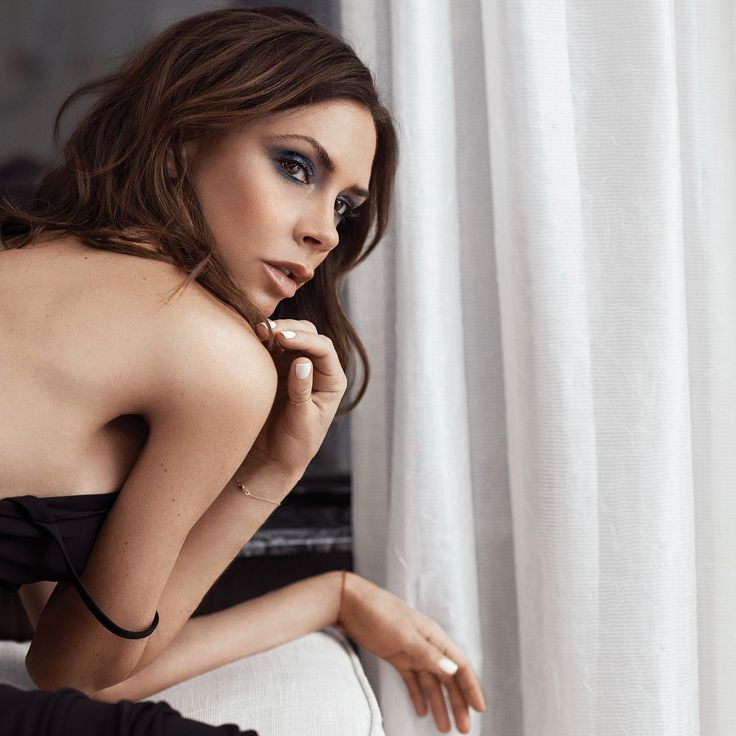 Victoria Beckham's Fall Collection for Estee Lauder Is As Posh As You'd Expect from InStyle.com