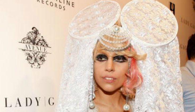 Lady Gaga Ditches 'Wild Persona,' Tweets Zayn Malik's Girlfriend's Mom