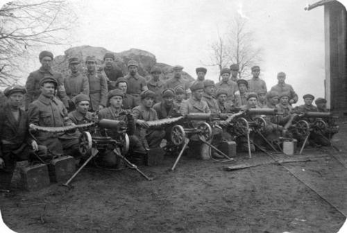 Machine Gunners  Suomen sisällissota  Finnish Civil War    photo credit:vapriiki