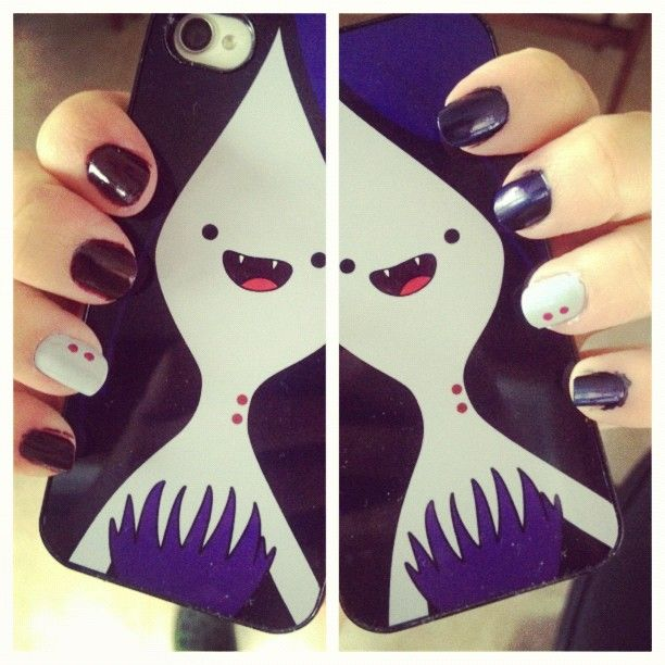 teenagetale:  Marceline nails and phone case!
