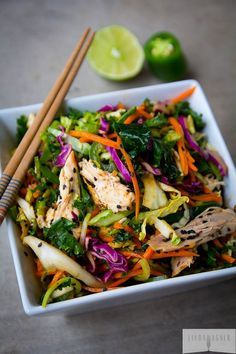I'm getting back into the groove this week with fast healthy meals that take no time at all! This 5 min Spicy Asian Chicken Salad is gluten free, sugar free, dairy free, low carb, paleo friendly, and