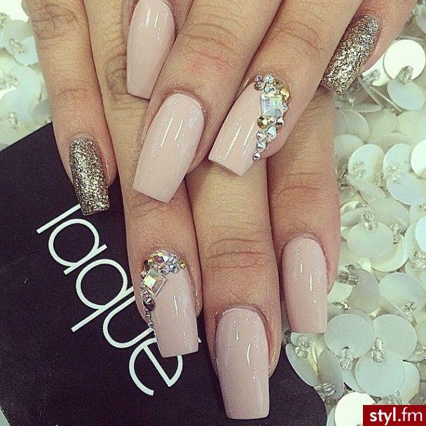 Elegant nails @ Korten Stein☻