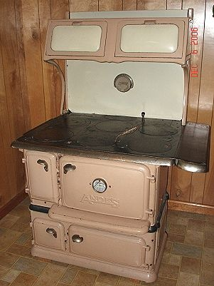 Someone Near Roscoe, NY Would Be Very Lucky To Own This Gem And Fix It. Kitchen  StovePink KitchensVintage ...