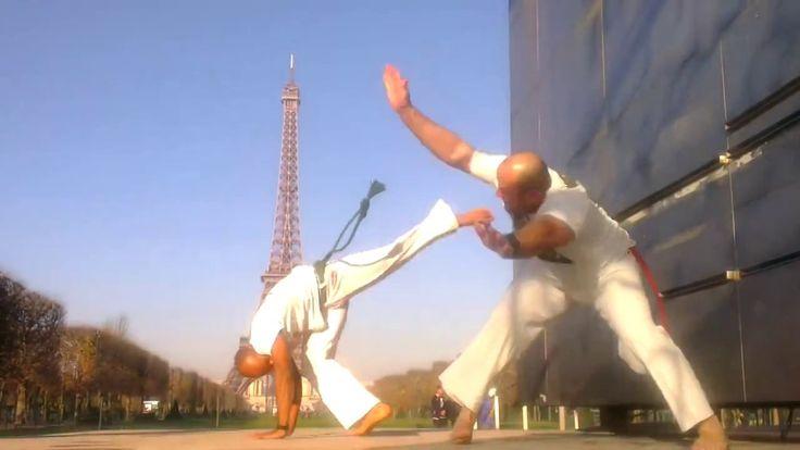 http://www.paris-capoeira.fr Abada Capoeira et Jogaki dans la vidéo #Capoeira Fight 2014 - Street Fighter.