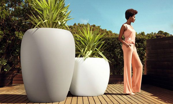 Designer Big Beautiful Garden Pots online from Potstore.co.uk