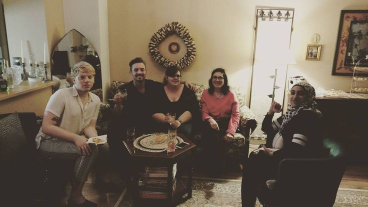 Shiny happy people #happy #people #thankful #giving #thanks #shiny #party #folks #fun #food #drinks #drank #drinking #drunks #Thanksgiving #hangover #Philadelphia