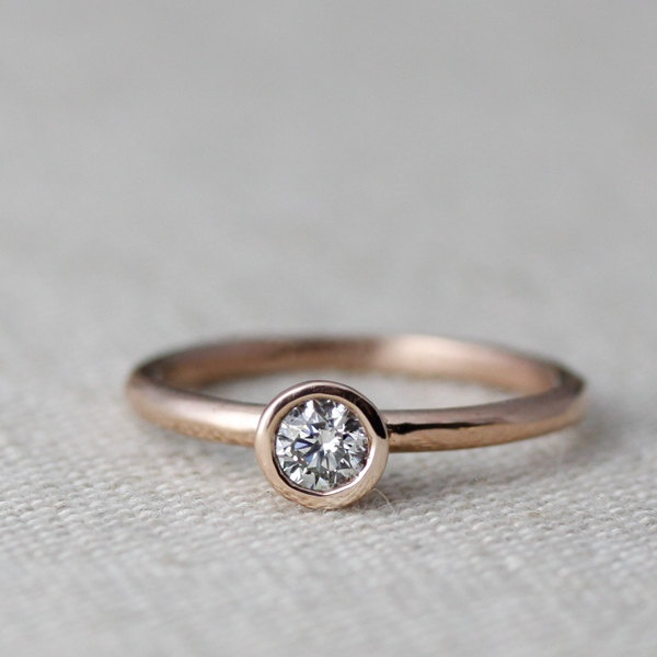 rose gold. simple. (cheap..?)