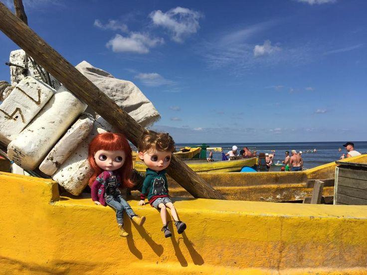 Ala & Frank over the sea, in Jantar