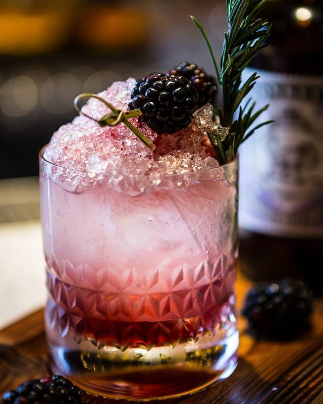 25 Drinks You Should Order If You Just Fucking Love Gin