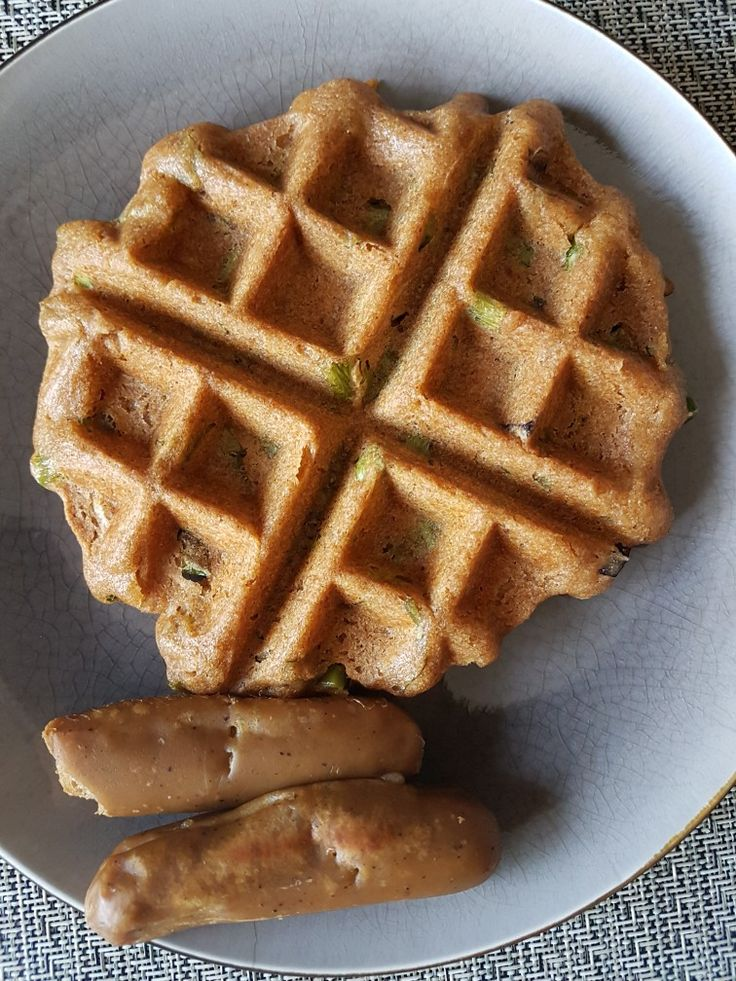 savoury green onion and basil waffles with Yves breakfast sausage