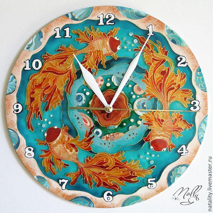 """Купить Часы """"Танец"""" - тёмно-бирюзовый, море, рыбки, Роспись по стеклу, часы с росписью"""