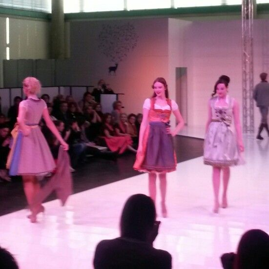 Dirndl and Lederhosen fashion Show #dirndlblusen #wiesn #girls #dirndl #lederhosen #oktoberfest #fashion