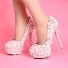 Afbeeldingsresultaat voor roze schoenen met hakken