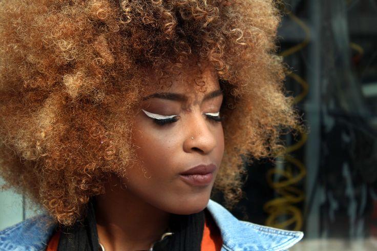 Afro makeup