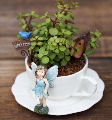 How to make a miniature teacup fairy garden // Miniatűr tündérkert porcelán csészéből elefántcserjével // Mindy - craft tutorial collection