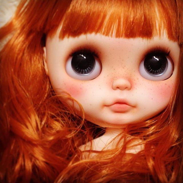 # blythe # Custom Blythe # ブライス #カスタムブライス #ooak #doll #handmade #人形 #手作り #customdoll #blythecustom #takara #ooakdoll #ooakblythe #ハンドメイド #レジュネット 髪質が悪すぎてシャンプー&お湯パーマ
