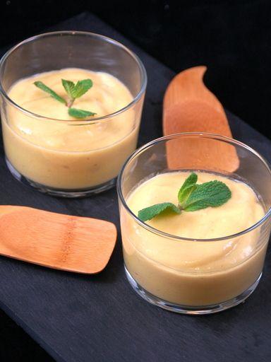 Recette Crème de mangue facile et légère 2 ingrédient:mangue mure et lait de coco