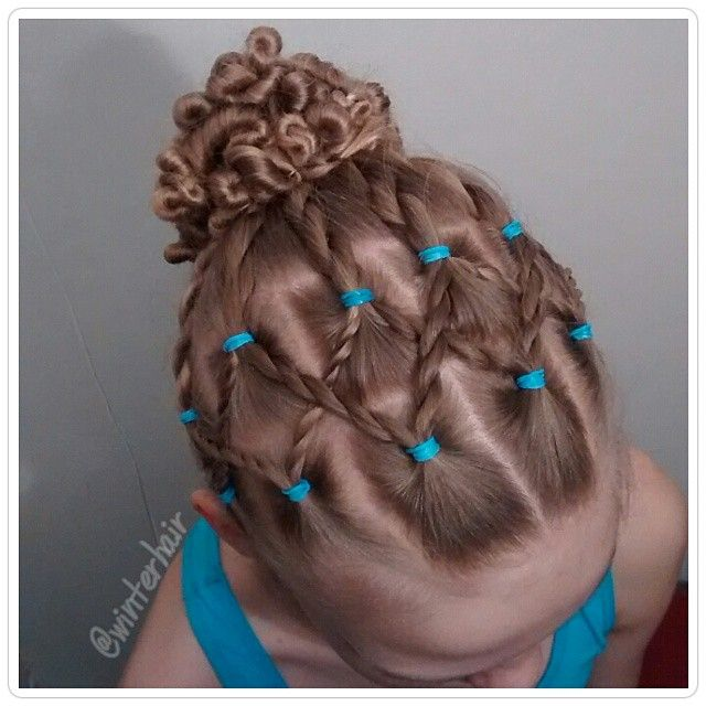 Pictures Of Hairstyles Captivating 131 Best Hairstyles Using Rubber Band's Images On Pinterest  Girl