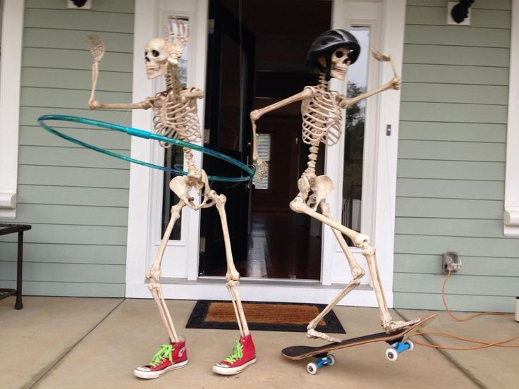 halloween front porch decorations skeletons playing on the porch - Skeleton Halloween Decoration