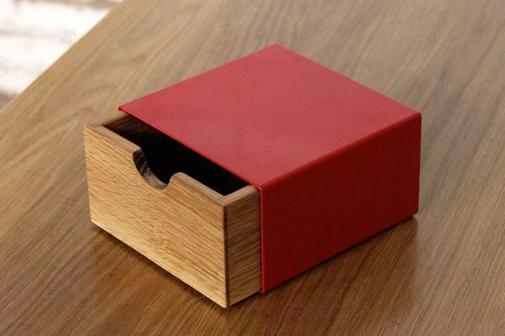 A box to hold special things : avec un vieux tiroir et du carton ?
