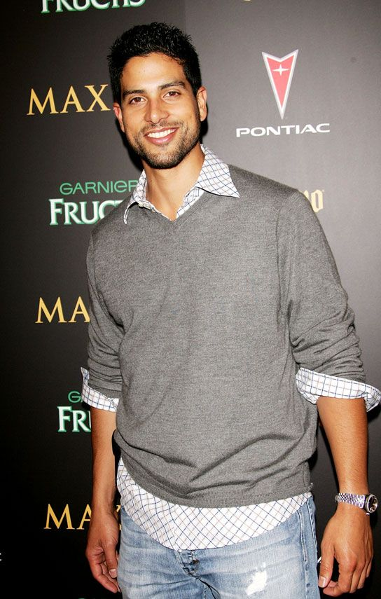 I'd like one Adam Rodriguez look alike bf please :P