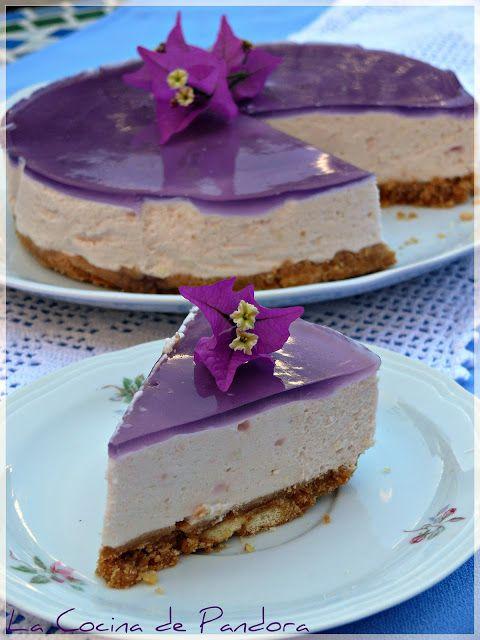 Violet mousse cake. Mousse de Violetas