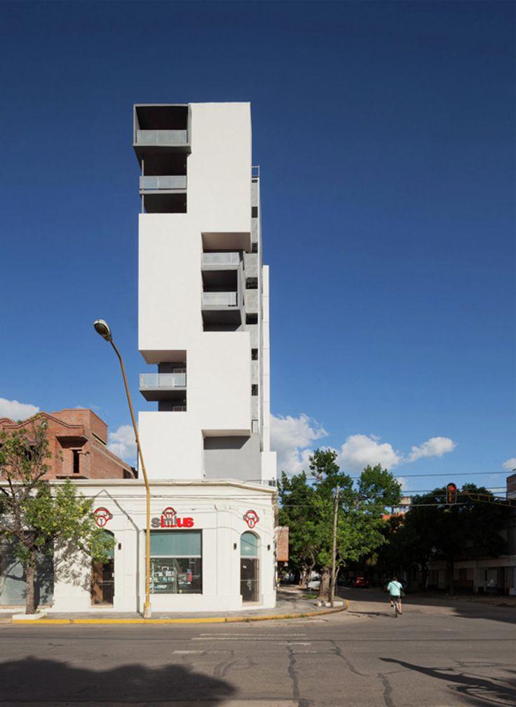 Conjunto de vivienda Torre del Molino / Estudio Castellitti-Bertoni Arqs & Asoc.