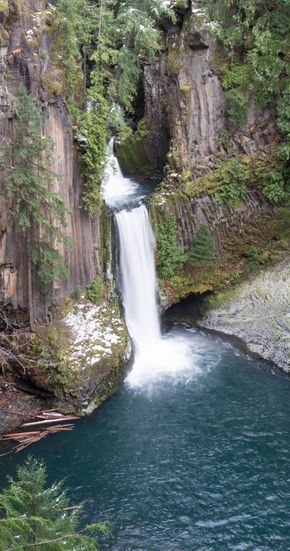 The beautiful Toketee waterfall in Umpqua, Oregon