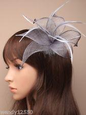 LADIES silver grey hair clip  HATINATOR HAIR FASCINATOR 5307 FEATHERS  WEDDING