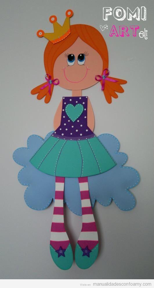 Muñeca de goma eva en 2D, princesa