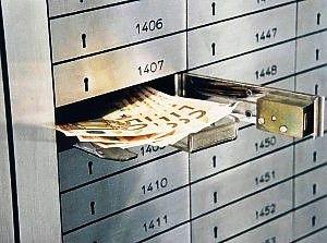 La «voluntary» per i contanti nascosti nelle cassette di sicurezza in banca: http://www.lavorofisco.it/la-voluntary-per-i-contanti-nascosti-nelle-cassette-di-sicurezza-in-banca.html