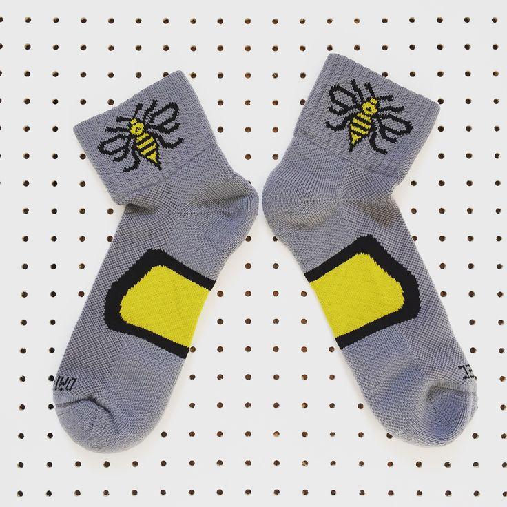 Manchester Bee Dri-Tec® running socks in Grey+Yellow + Black / The Manchester Bee Company
