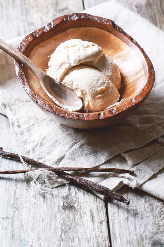 Παγωτό βανίλια από τον Δημήτρη Χρονόπουλο