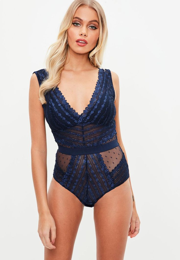 Missguided - Navy Lace Plunge Bodysuit