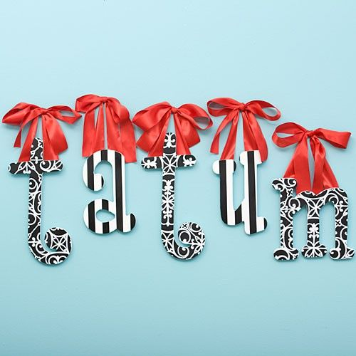Sneak into your little's dorm room a few days before the Reveal, and leave a little present on her wall.  Letters hanging from pretty ribbons.