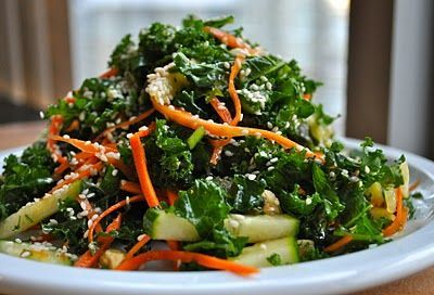 MARINATED KALE SALAD - My favorite salad from my favorite LA lunch spot: Cafe Gratitude