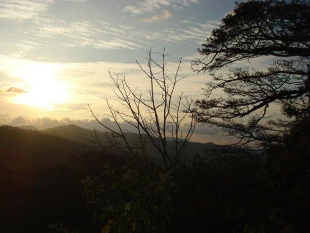 Hermoso atardecer en Santiago de Puriscal, Costa Rica.