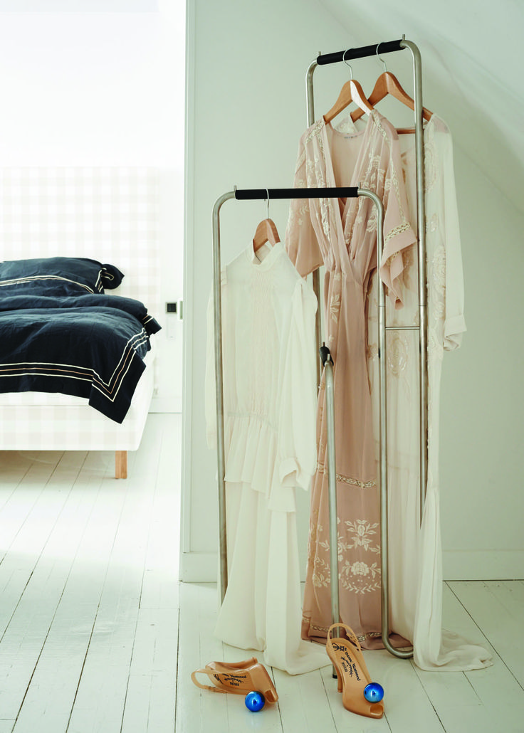 Comment from designers: The Standby clothes stand has more possible uses than a long clothes rack or traditional clothes rail. We have not decided what should hang on the rack or where it should be placed – but maybe in the entrance for coats, in the bedroom for trousers and the bedspread or in the bathroom for the towels.