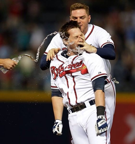 Indians get Chris Johnson in trade with Braves