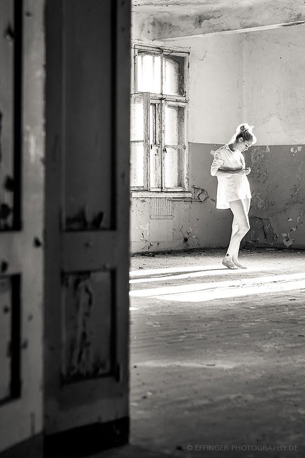 Aktfotos München: Aktfotografie, Industrial Nude Photography, Dessousfotos