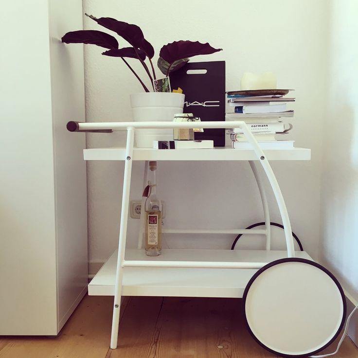 die besten 25 ikea barwagen ideen auf pinterest getr nkewagen barwagen und ikea bar. Black Bedroom Furniture Sets. Home Design Ideas