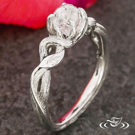 Best 25+ Raw diamond rings ideas on Pinterest