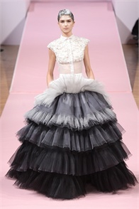 Alexis Mabille - click on the photo and flip through complete collection on Vogue.it